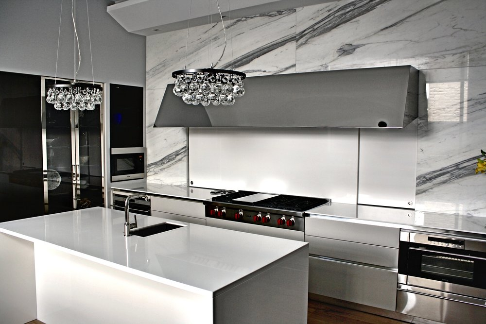 william-adams-design-chapultepec-mexico-city-kitchen-wolf-range-and-exhaust-2.jpg