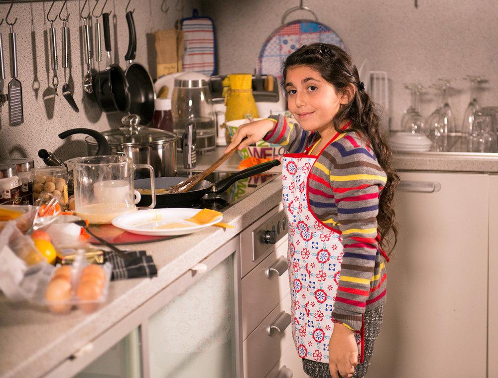 Ruby Strangelove taking over the kitchen