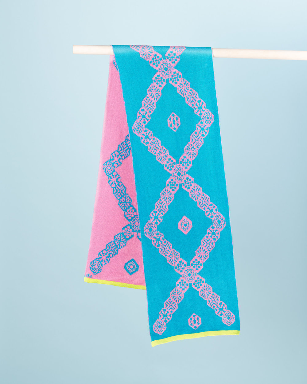 DIAMOND SCARF - TURQUOISE & PINK
