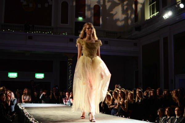 University-Fashion-show-3b.jpg