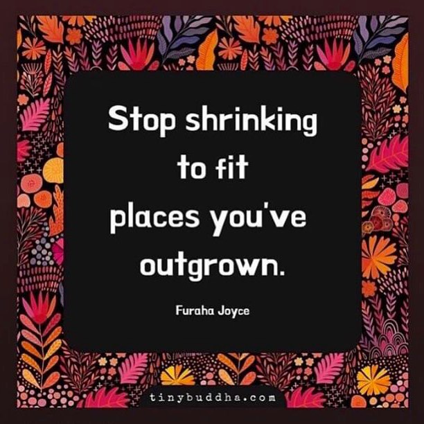 """You can't be the """"new me"""", while still holding on to """"old me"""" habits and situations. ⠀ ⠀⠀⠀⠀⠀⠀⠀⠀⠀⠀ 🔸If you're serious about growth and success, you're going to have to THROW YOUR ENTIRE SELF FORWARD, into the next level of you! ⠀ ⠀⠀⠀⠀⠀⠀⠀⠀⠀⠀ 🔸Stop shrinking. Expand! ⠀ ⠀⠀⠀⠀⠀⠀⠀⠀⠀⠀ ⠀⠀⠀⠀⠀⠀⠀⠀⠀⠀ ⠀ {#Motivation} {#MotivationMonday} {#Goals} {#Growth} {#Focus} {#Vision} {#NYC} {#Bronx} {#Networking} {#ErrolOlton} {#Success} {#Career} {#Education} {#Leadership}"""