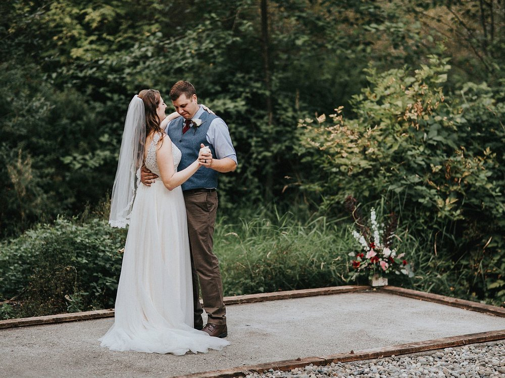 emily-billy-backyard-wedding-22.jpg
