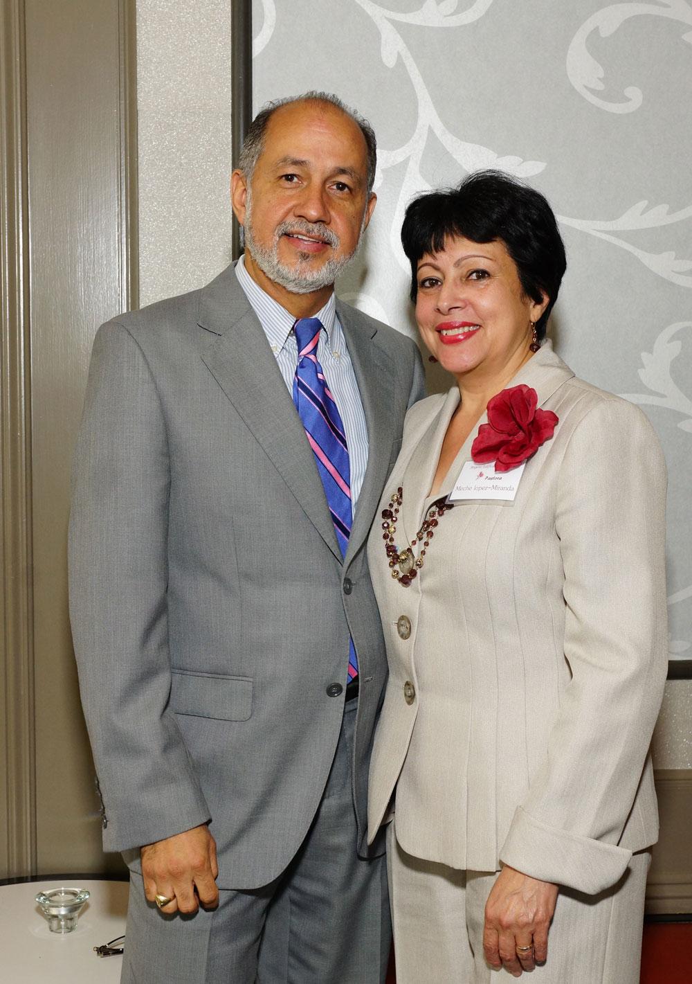Dr Roberto Miranda y Mercedes Lopez de Miranda