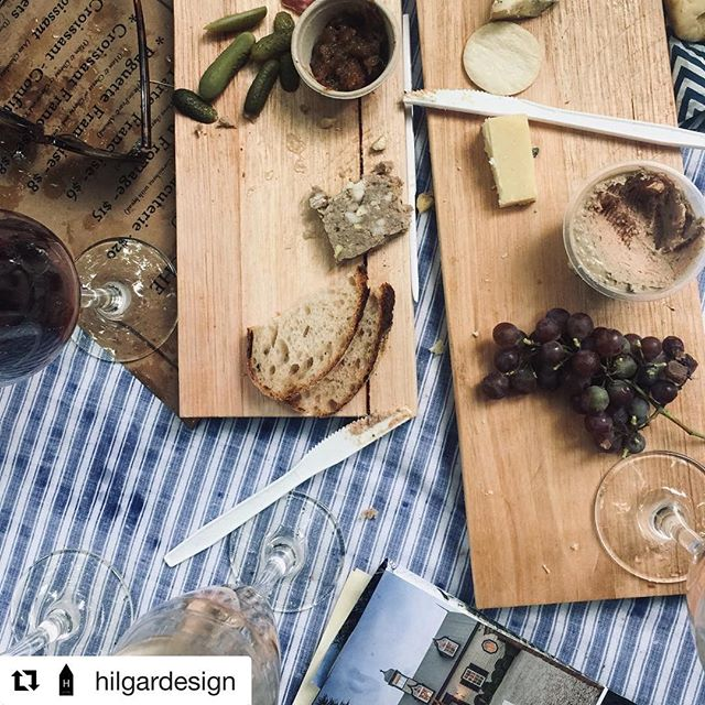 Some great picnic moments from the weekends French Style Markets, part of the Chillout festival 2019 captured by another creative eye. Thank you for sharing @hilgardesign ・・・ • G A R D E N  P A R T Y • . . . • in the beautiful gardens @muskfarmgarden • 🇫🇷🥂🍇🥖🧀🥐🌳