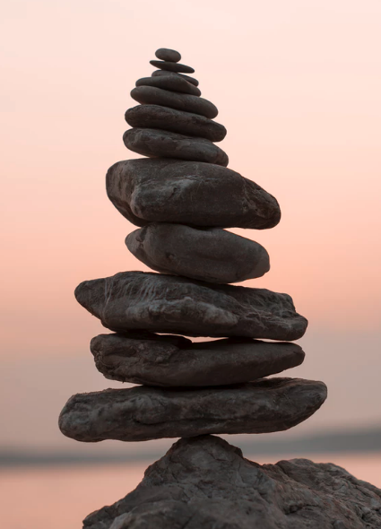Piled rocks balancing.png