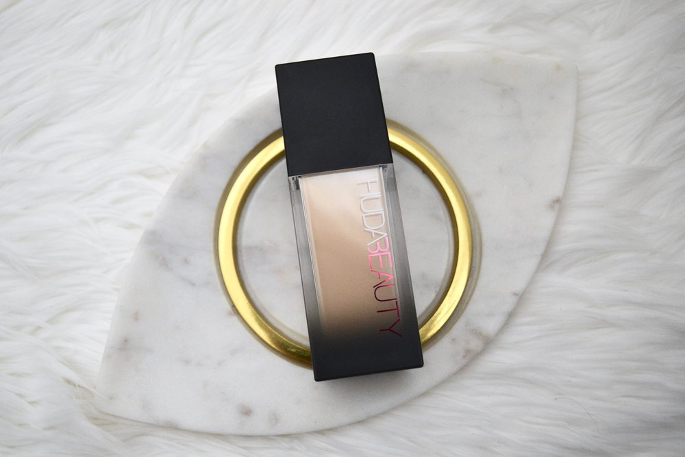 Huda Beauty Faux Filter Foundation - Full Review