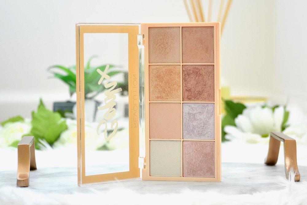 september favorites - makeup revolution sophx highlighting palette
