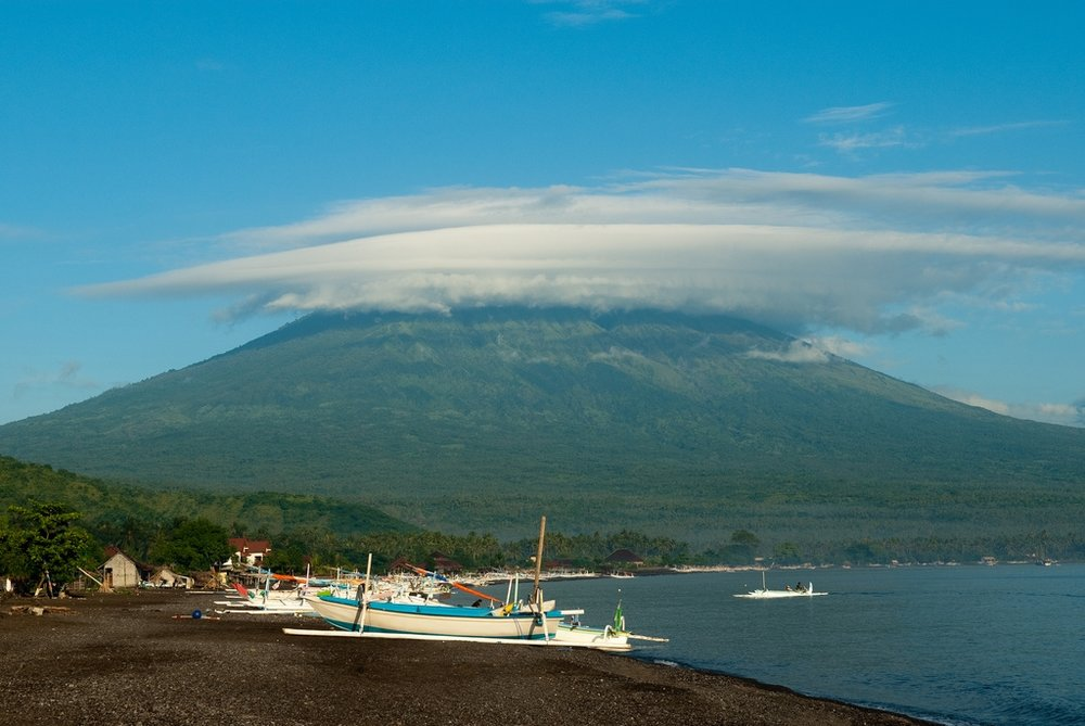 Mount Agung (Source: Creativecommons.org)