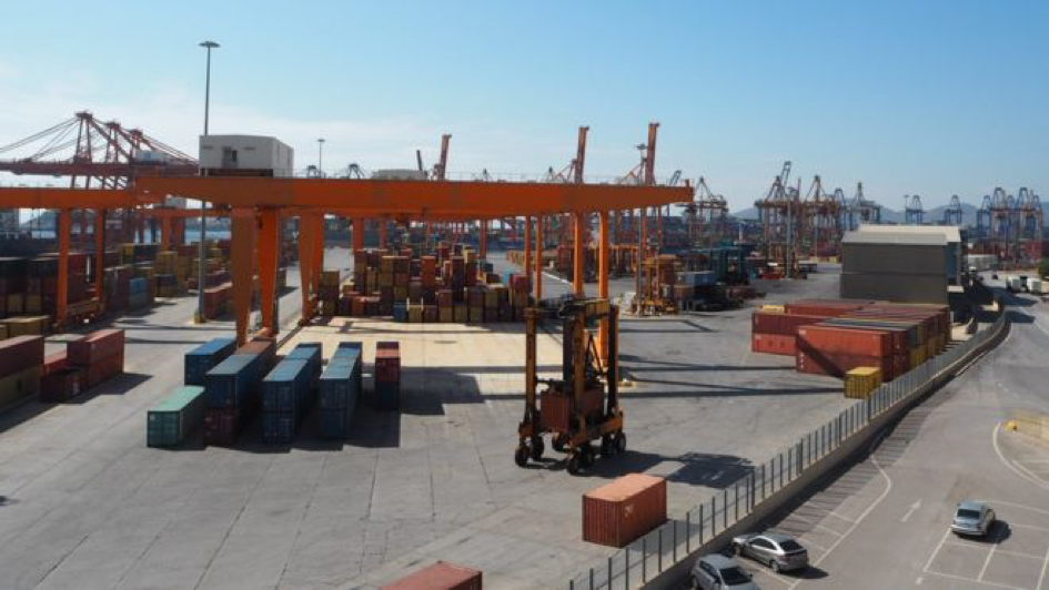 Piraeus Port (Credit: BBC.com)