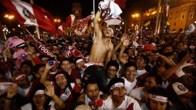 Peru declares public holiday after qualification (BBC)