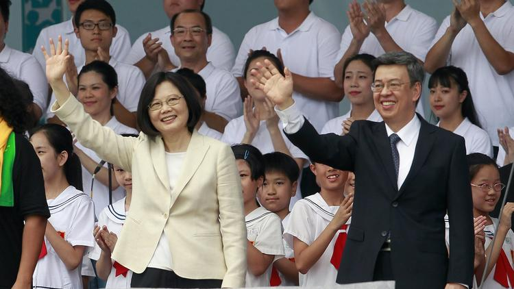 President Tsai Ing-wen (left) and Vice President Chen Chieh-jen (right). (Source: AP)