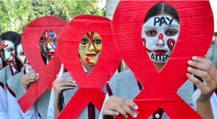 Indian citizens spreading HIV awareness (Hindustan Times)