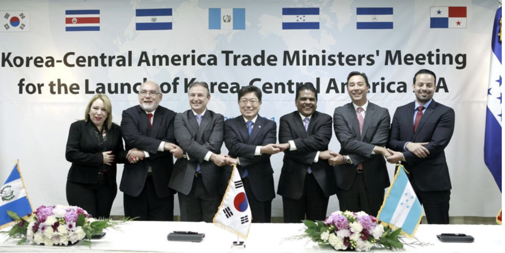 Photo: First round of talks between the Central American countries (including Guatemala, who eventually dropped out) and South Korea. Source: The Korea Bizwire