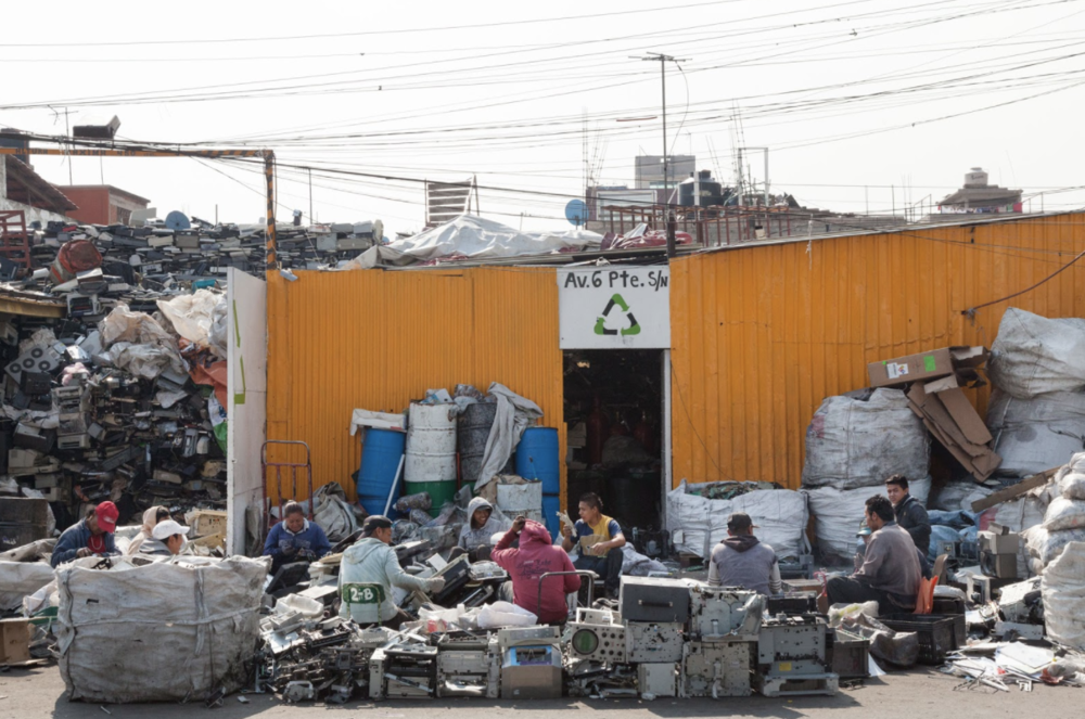 Photo: An e-waste shop in the outskirts of Mexico City where business life revolves around 60 tons of junked electronics.