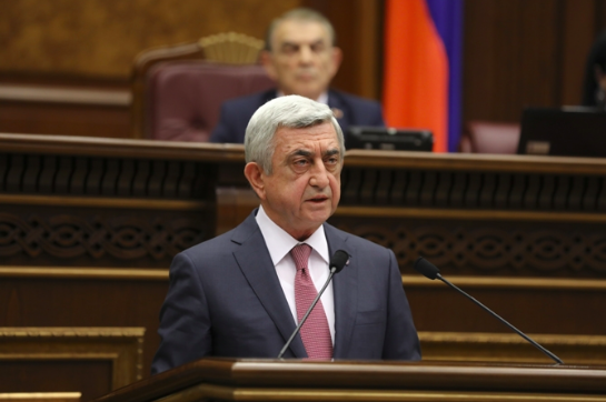 Former President of Armenia Serzh Sarksyan makes a speech in the National Assembly after being elected Prime Minister of Armenia on Apr. 17, 2018. (HETQ)