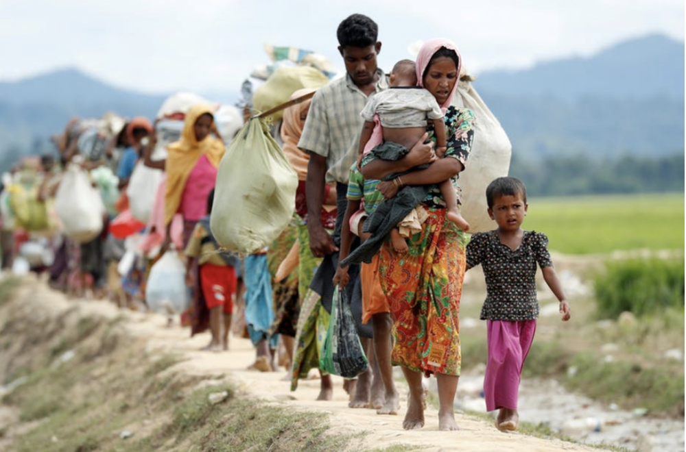 Rohingya refugees making their way to refugee camps in Bangladesh. (The Conversation)
