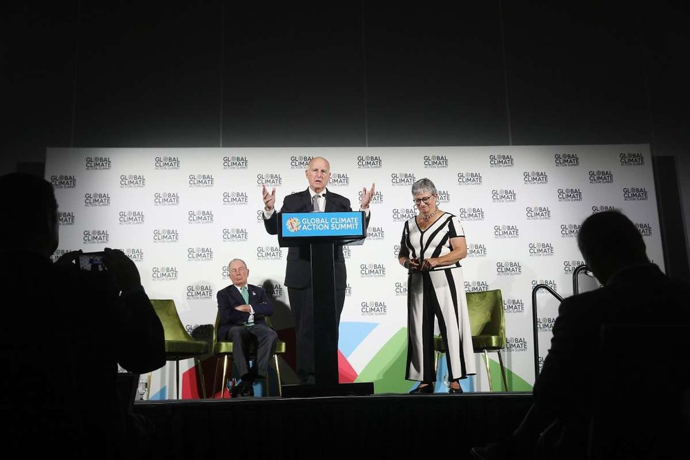 California Gov. Jerry Brown (at podium) addresses the Global Climate Action summit with former New York City Mayor Michael Bloomberg (left) and California Air Resources Board Chairperson Mary Nichols (right). (Photo: Lea Suzuki / The San Francisco Chronicle).