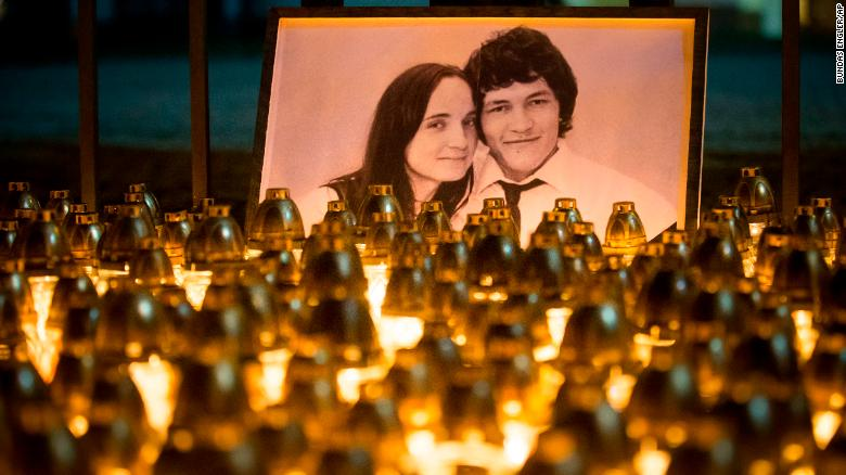 A makeshift tribute commemorating murdered journalist Jan Kuciak and his fiancée Martina Kusnirova during a silent protest in Bratislava, capital of Slovakia, on Feb. 28, 2018. Photo:  Bundas Engler/AP