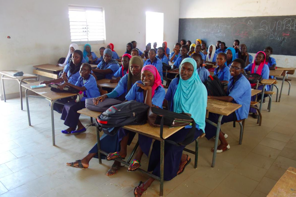 Girls in their secondary school classroom (2017). Photo: Elin Martínez/ Human Rights Watch