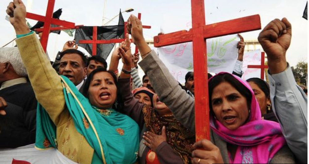 Pakistan's Christian Democratic Alliance Protests for Asia Bibi's release from prison. Photo:  Arif Ali/Getty Images .
