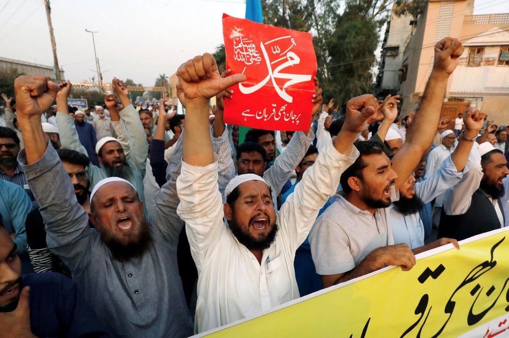 Protesters at a rally against Asia Bibi on Wednesday. Photo:  Akhtar Soomro/Reuters .