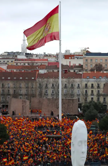 Thousands of citizens gathered in Madrid's Plaza de Colon on Sunday to protest Sanchez's approach to the Catalan independence crisis. Photo:  Reuters