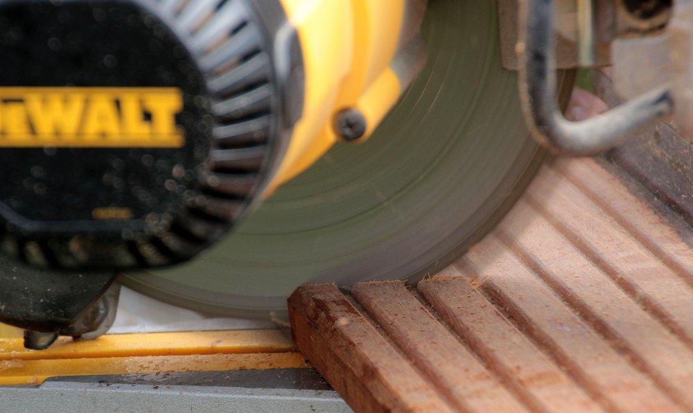 crosscut-saw-1333772_1920.jpg