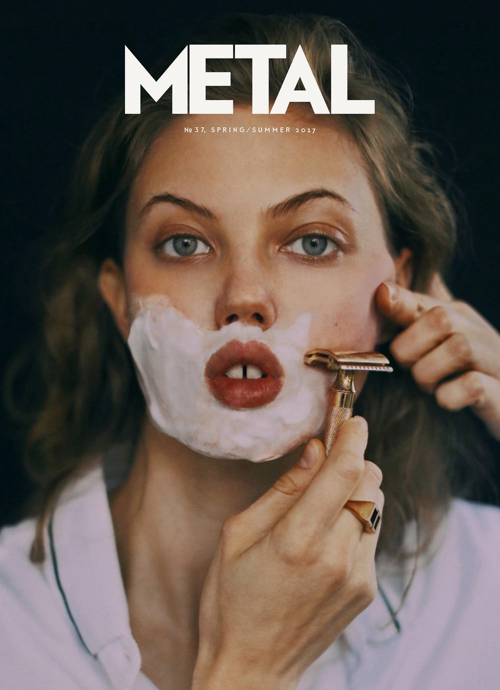 COVER 1 - Lindsey Wixson photographed by Gabriela Celeste wearing shirt Dolce & Gabbana and ring Dior.