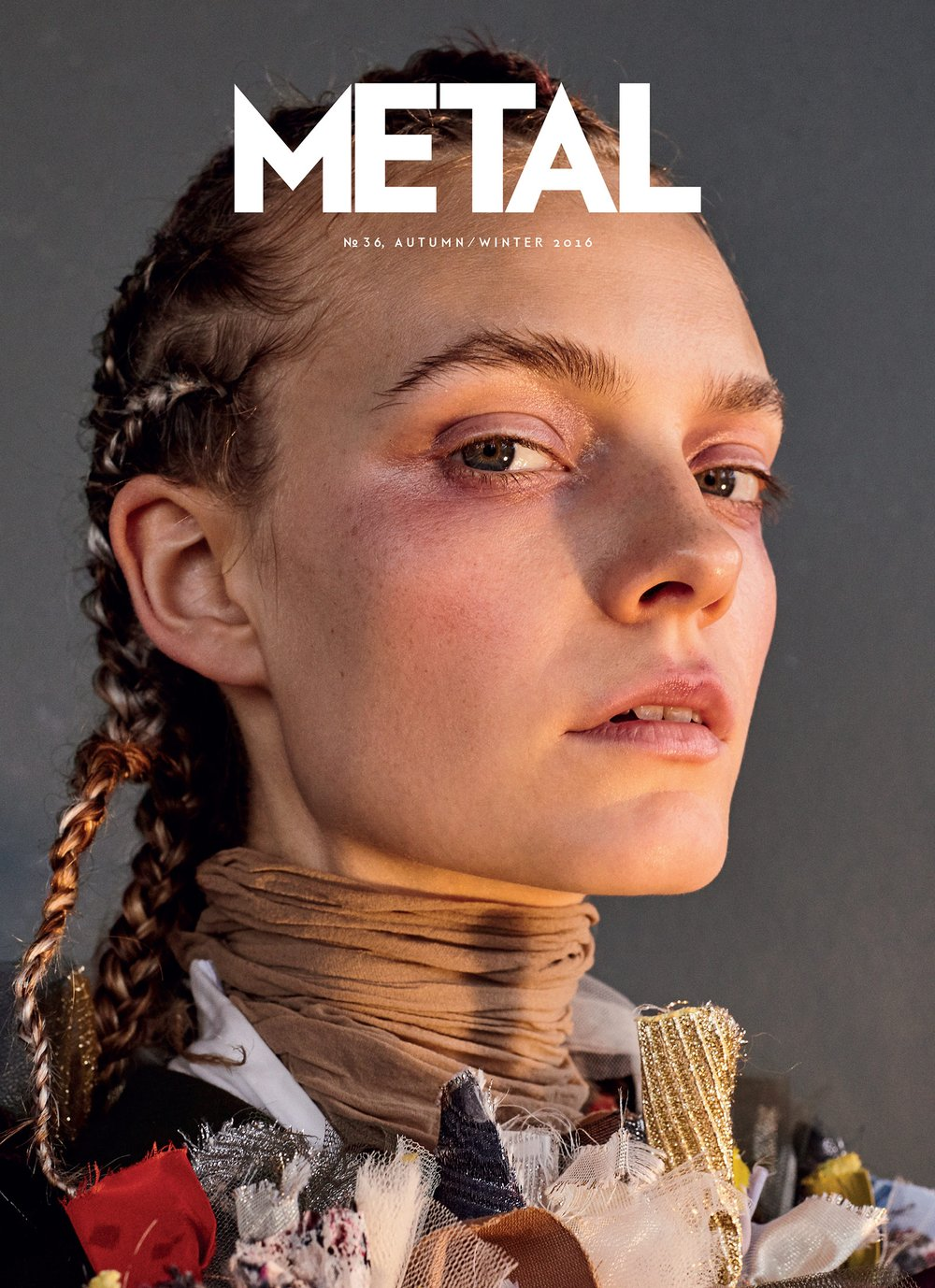 COVER 1 - Imue Smit by Barrie Hullegie wearing Viktor & Rolf