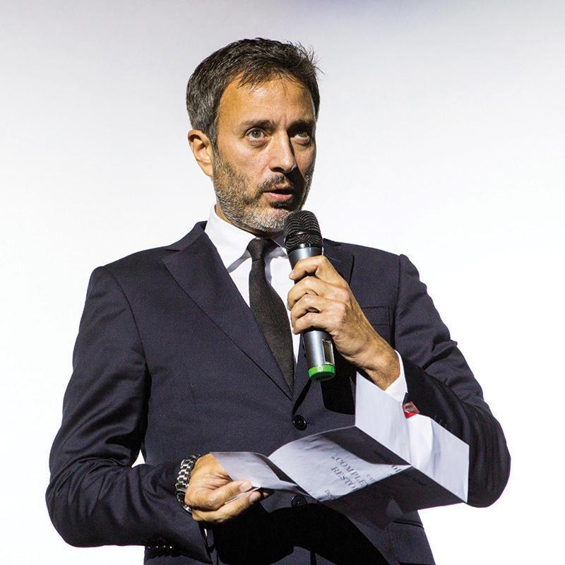 Наградата връчи лично д-р Ставрос Пелеканос.
