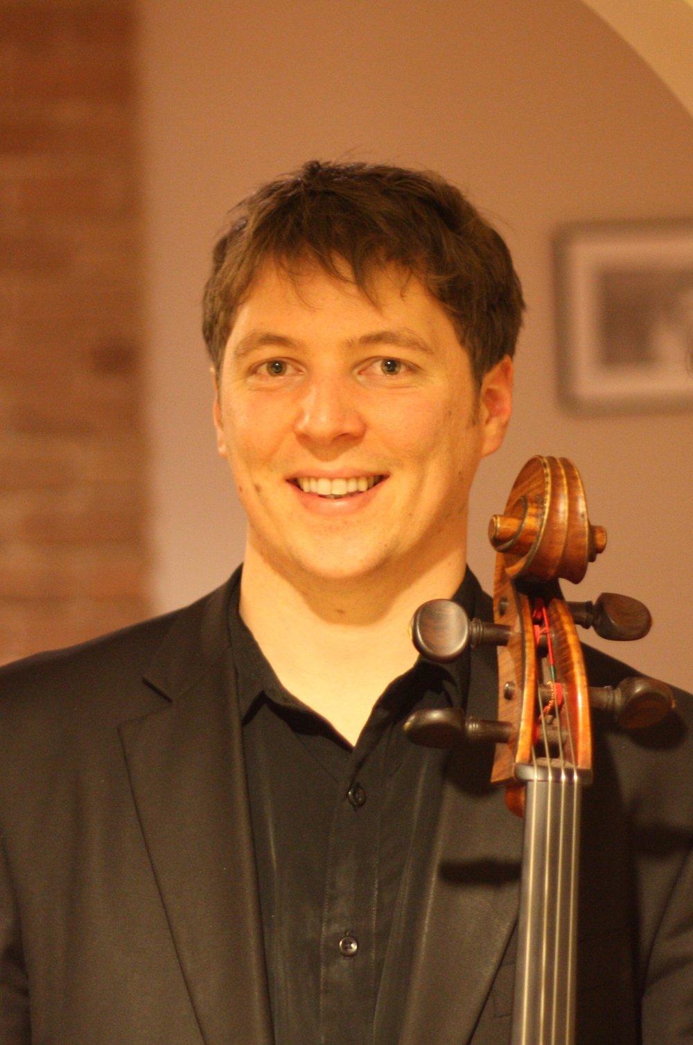 Paul Zabrowarny - Cello