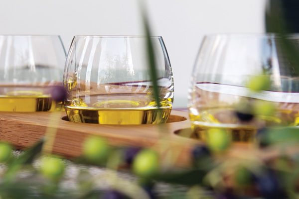 evoosa-intro-olive-oil-tasting-glasses.jpg