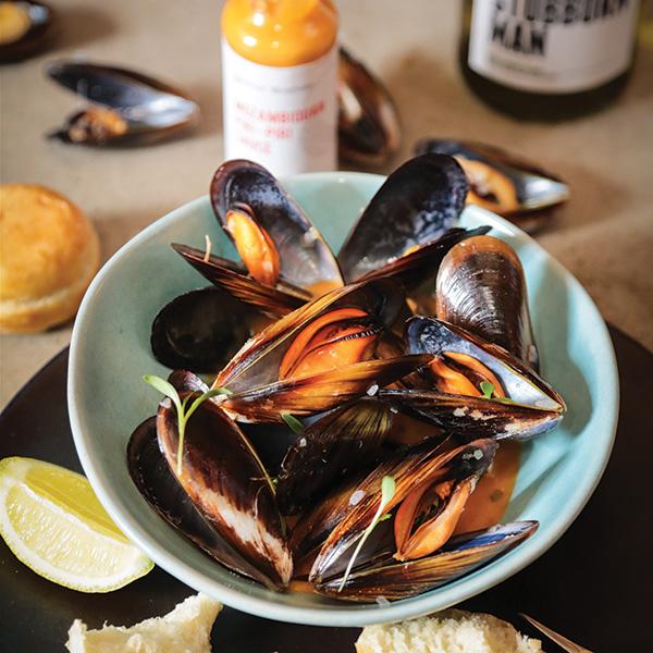 pearl-mountain-recipe-mussels-evoosa.jpg