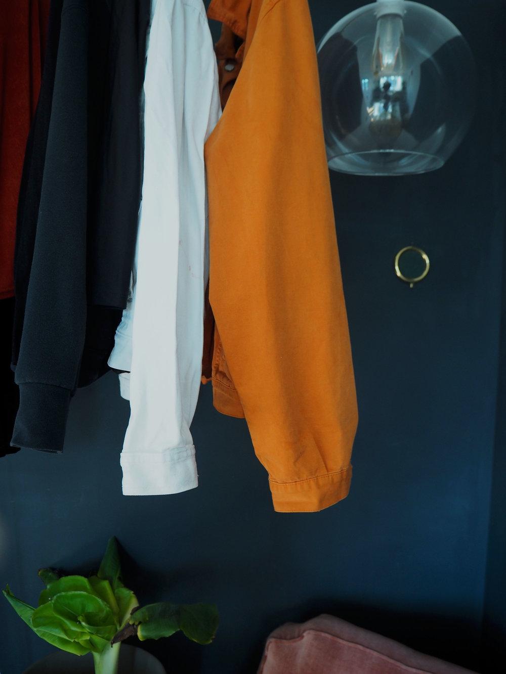 Minimalismus im Kleiderschrank -
