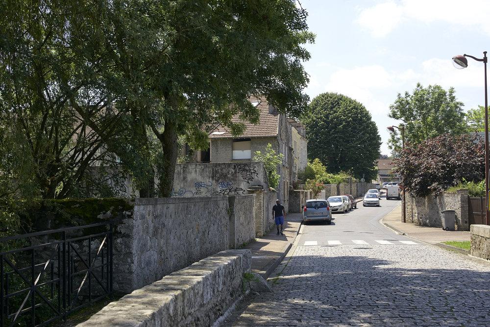 Vert-Saint-Denis 05.jpg
