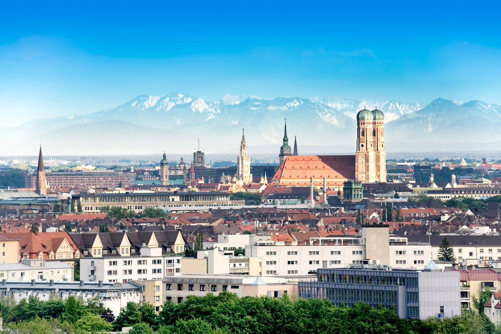 Munich - As home to top national and international companies, the Bavarian capital's large variety of industries and low unemployment rate offers ideal conditions for launching a successful career. Our campus in Munich is located in the southern part of the city on the west bank of the river Isar. It is easily accessible by public transportation.