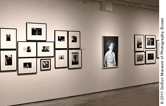photo-art-noelle-hoeppe-woman-of-many-faces-isabelle-huppert-expo-busan-2011.jpg