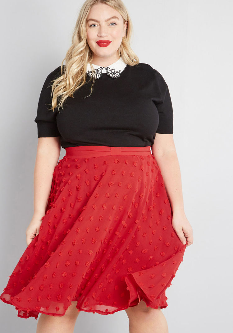 10106384_set_on_texture_a-line_skirt_red_PLUS-SIZE01.jpg