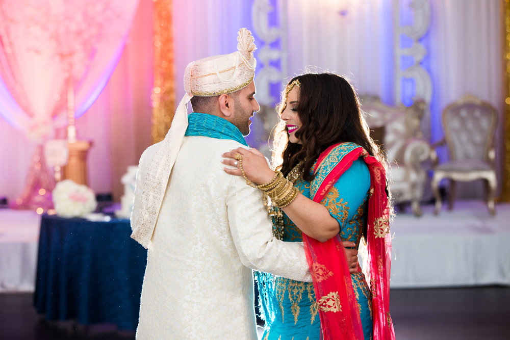 Chunni Wedding Ceremony Indian Wedding Photos Cambridge Mill