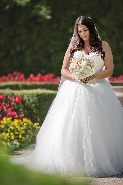 Liuna Gardens Wedding Photos--9.JPG