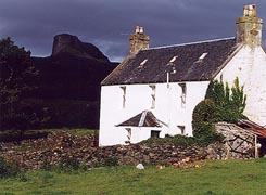 - Accommodation on Eigg(overlooked by