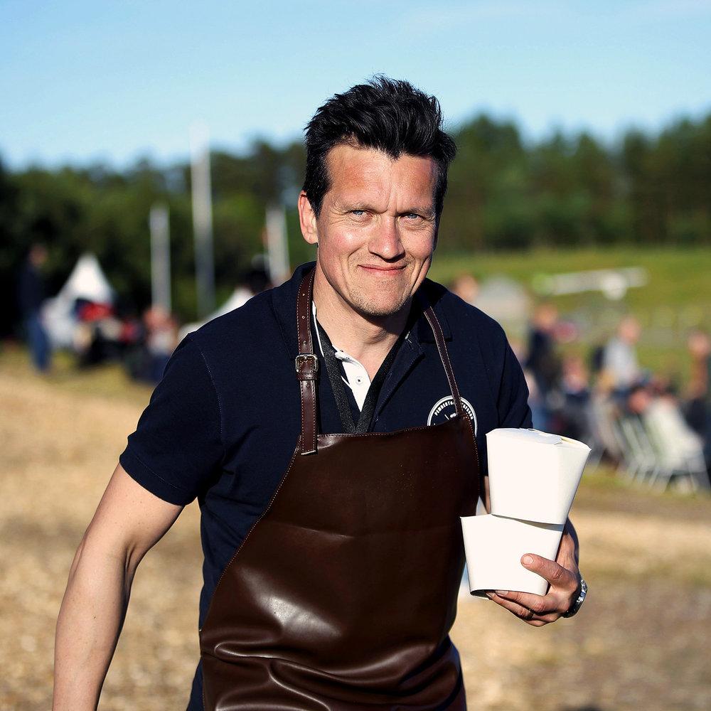 Välkommen till bords - Nobelmiddagen 2013.OS Guld med Skåne Kulinar 2016. Och guldmedaljör vid VM i Luxemburg november 2014. Pembert & Gustafsson fixar maten. Välkommen till bords.