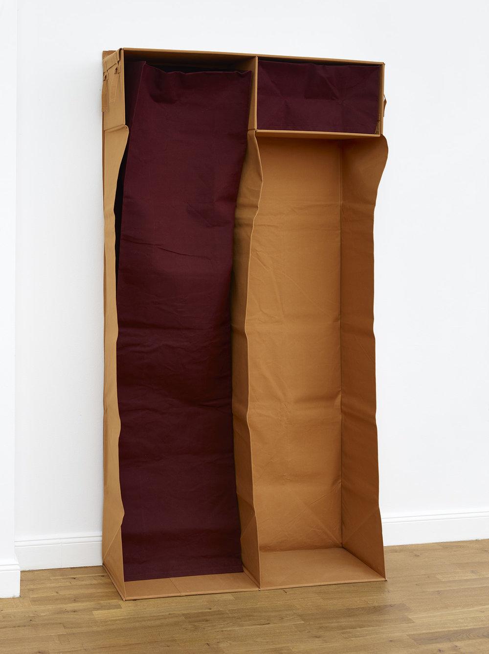 Für den Körper für den Kopf | 1986 | Objekt aus Leinwand | 78 x 230 x 31 cm