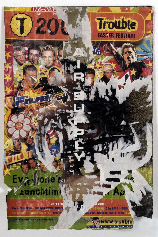 o. T. (air supply II) | 1999 | Collage mit Zeitschriftenpapier auf Pappe | 76 x 50 cm