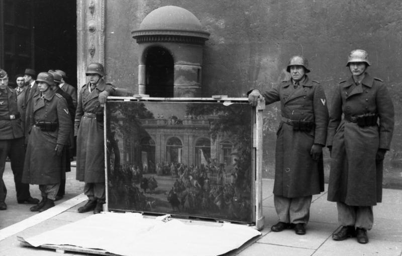 Bundesarchiv_Goering Division.jpg