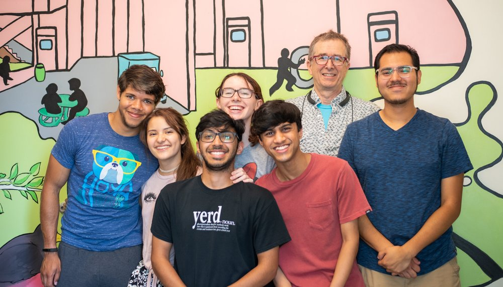 Mural Group Photo 1 (1 of 1).jpg
