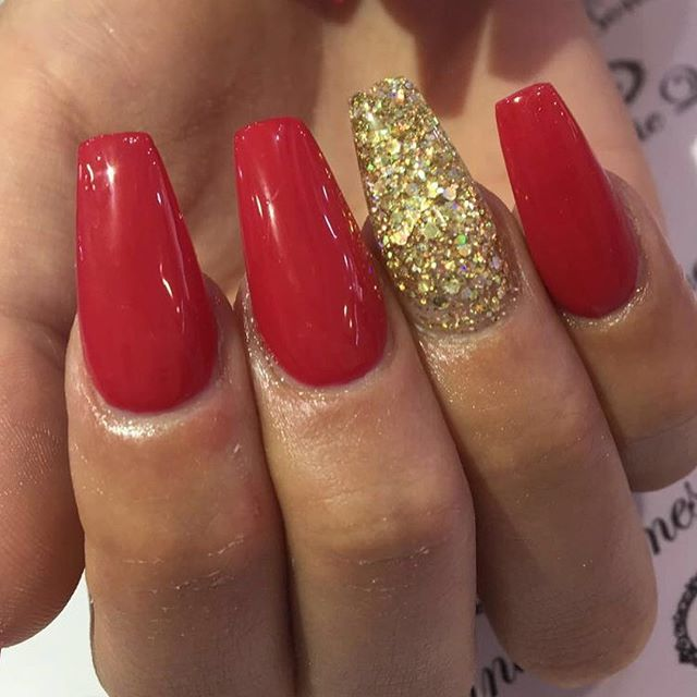 Appointments Available Today: 1pm Full Set with #bonnieqsarah 4:30pm Full Set with #bonnielori Gel Polish appointments also available throughout the day 👉🏽 http://bonniequines.com/book-online ☎️ 01506858896 📲 Private Mail via Facebook  To book an Appointment x.