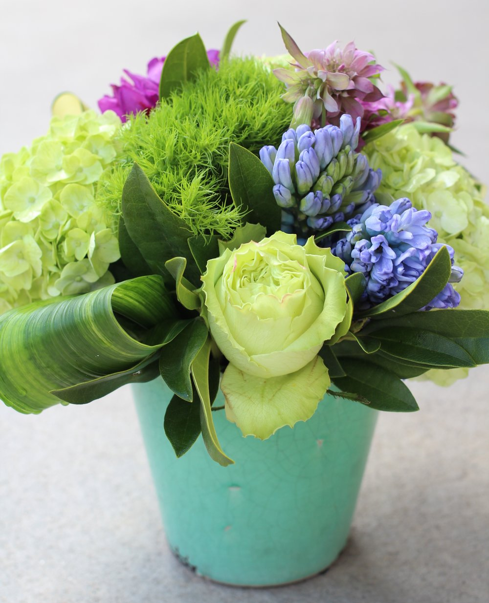 gorgeous weekly fresh flowers delivered in vail valley