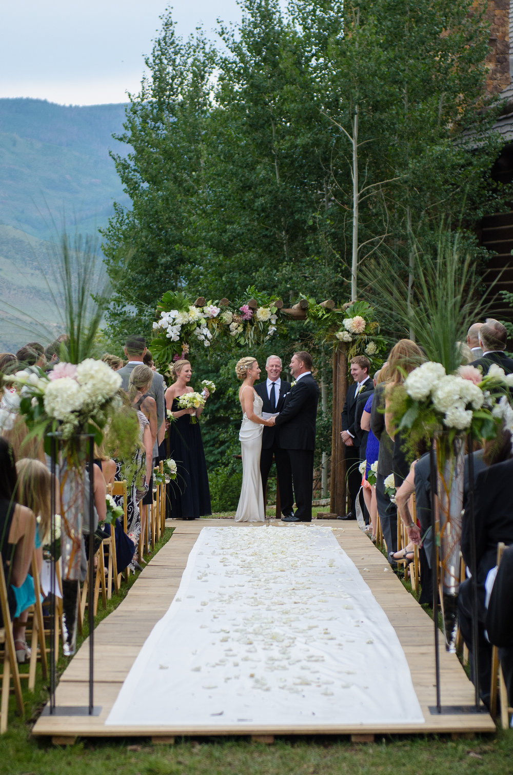 outdoor wedding flowers vail co