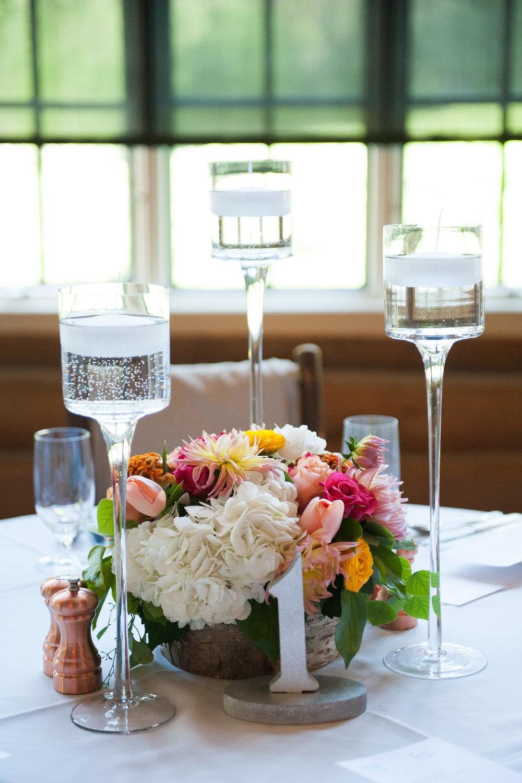 vail luxury florist table centerpieces